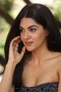 Sakshi Chowdary Photos