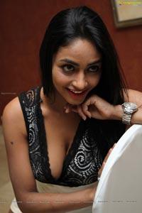 Pooja Sri Hot