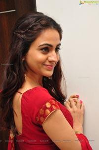 Aksha Pardasany