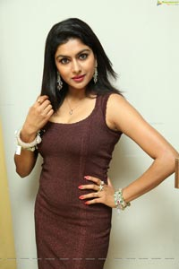 Model Sai Akshatha