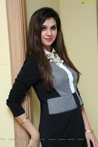Actress,  Inayah Khan