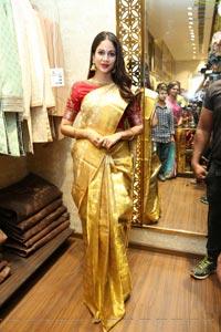 Lavanya Tripathi @ Swayamvar store inauguration