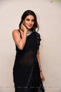 Nidhhi Agerwal