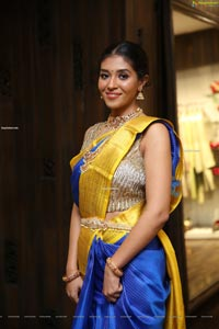 Maansi Kumar at Neeru's New Collection Launch