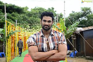 Bellamkonda Sreenivas at Chatrapathi Hindi Remake Pooja