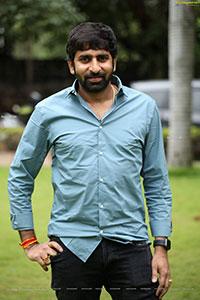 Gopichand Malineni at Akasa Veedhilo Movie Trailer Launch