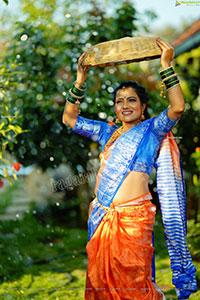 Mamatha Rahuth in Orange Saree Gochikattu Style