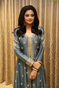 Priyamani at Narappa Movie Success Meet