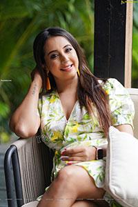 Sanjjanaa Galrani in White Floral Printed Mini Dress