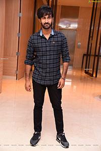 Santosh Sobhan at Manchi Rojulochaie Movie Intro Look Launch
