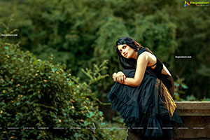 Sravanthi Chokarapu Latest Photoshoot Stills