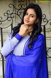 Naveena Reddy Latest Stills
