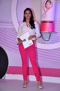 Photos of Asin at Fair and Lovely Expert Express