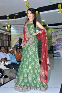 Diksha Panth at Zooni Centre Hyderabad