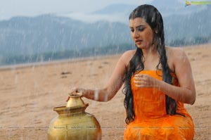 Archana Hot in Kamalatho Naa Prayanam