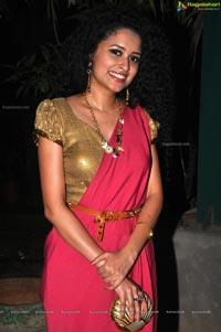 Pora Pove Soumya Sukumar