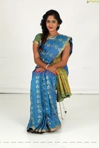 Sowmya Venugopal in Saree