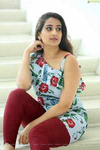 Manjusha Gemini TV Anchor