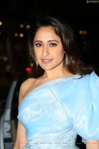Pragya Jaiswal Jio Filmfare Awards