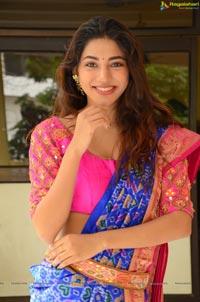 Sonakshi Singh Rawat Heroine