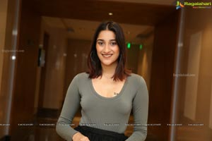 Aashima Gautam at Sutraa Exhibition Curtain Raiser