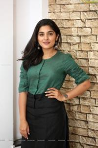 Nivetha Thomas talks about Brochevarevarura