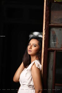 Isha Chawla Latest Photoshoot Images
