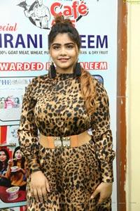 Sara Khan at Naturals Family Salon's Suraksha Salon Program