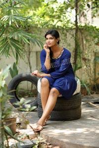 Twinkle Thomala in Navy Blue Tunic Dress