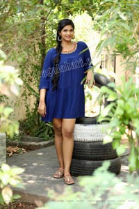 Twinkle Thomala in Navy Blue Tunic Dress