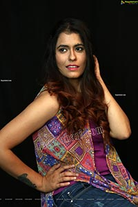 Chanchal Sharma in Ethnic Pattern Print Top and Jeans