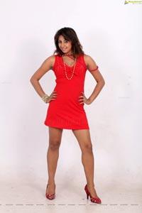 Ganda Hendathi Heroine Photos
