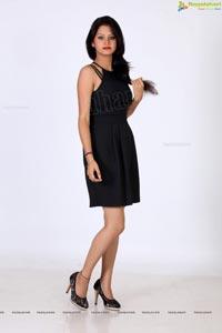 Monika Singh Glam Shoot