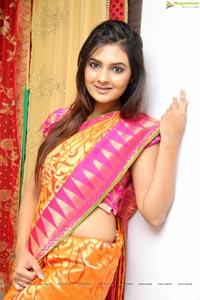 Neha Deshpande High Resolution Photos