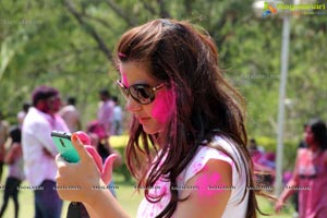 Diksha Panth at Rang De Holi Bash