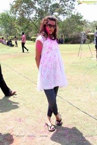 Diksha Panth at Rang De Holi Bash