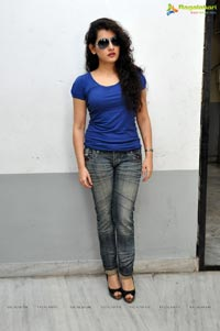 Veda Archana in T-Shirt Jeans