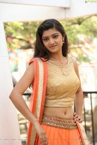 Pallavi Naidu Hot Photos