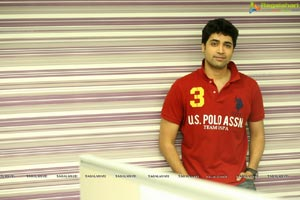 Adivi Sesh HQ Photos
