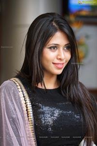 Aliya Shaikh Photos