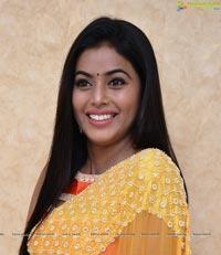 Shamna Kasim Photo Gallery