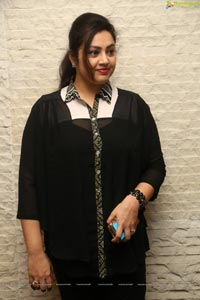 Meena HQ Photos