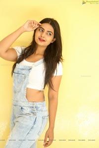 Heroine Neha Deshpande