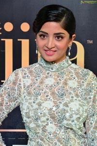 Poonam Kaur Lal IIFA 2017