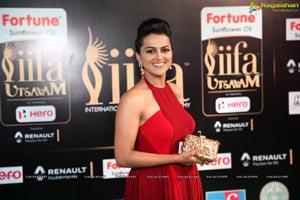 Shraddha Srinath IIFA 2017