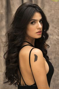 Model Sidhika Sharma