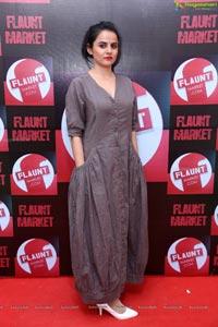 Asna Khan Suri Model Photos