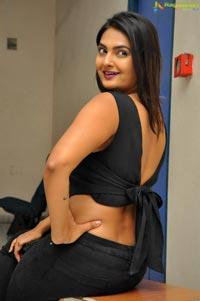 Actress Neha Deshpaney