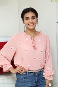 Divyansha Kaushik