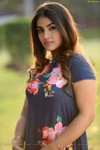 Kavya Thapar Photoshoot